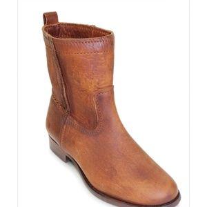 Frye Boots Cara Short Size 9